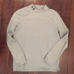 Boys size XL Gray Under Armour Coldgear mockneck